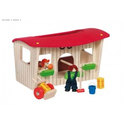 Doll's horse stable wiht accessories